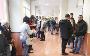 Más de 3.400 opositores a la Universidad de Granada en busca de un sueño