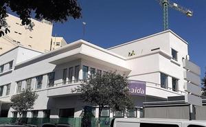 El Ayuntamiento ultima las instalaciones de la biblioteca municipal para abrir su primeras salas en enero