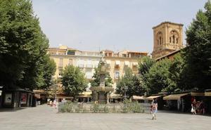 La ONCE reparte 350.000 euros entre diez vecinos en la plaza Bib-Rambla