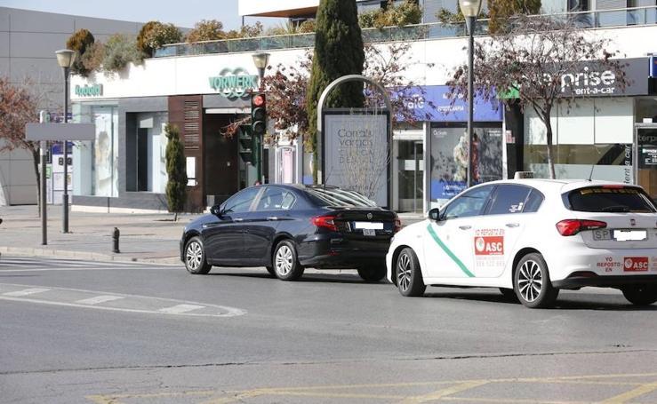 Los coches de Uber ya circulan por Granada