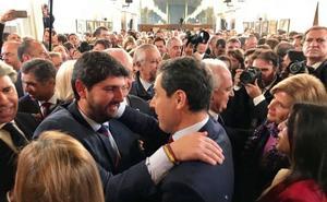 Moreno convocará en Almería una cumbre por las infraestructuras con el presidente de Murcia