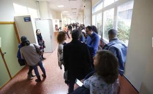 Las academias de Granada se quejan del «examen demasiado exigente» de auxiliar administativo para la UGR
