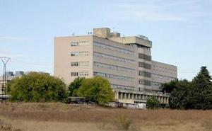Reclaman al SAS 136.000 euros por la muerte de la mujer olvidada en Urgencias