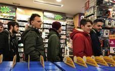 Locura en las tiendas de Granada para hacerse con el videojuego Kingdom Hearts III