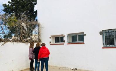 Entran en un colegio de San Isidro y se llevan cuatro ordenadores