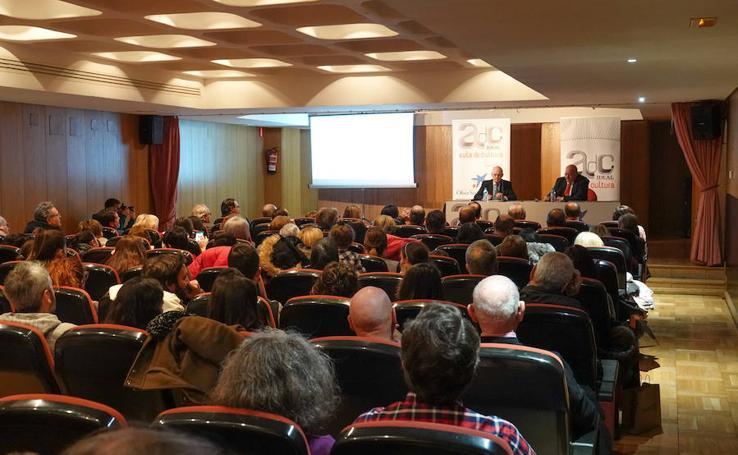 Ignacio Buqueras reivindica el amor por el patrimonio en el Aula de Cultura de IDEAL