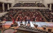 El Auditorio Falla se abre a los ritmos del mundo ante 2.200 niños