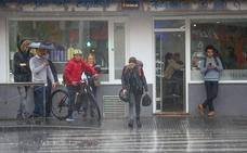 Febrero llega a Granada con lluvia y temperaturas bajo cero
