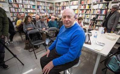 Antonio Carvajal derrama humor y buenas letras en 'La ciudad ilustrada'