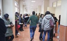 Los 3 fallos en el examen de la UGR de auxiliar administrativo, reconocidos por el tribunal: nueva lista de aprobados