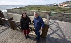 El 'desahucio' de invernaderos permite recuperar 22 hectáreas de playa