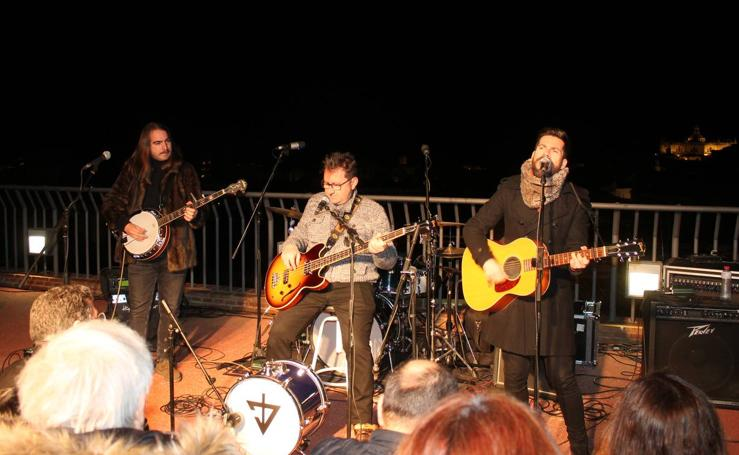 Los Beatles, en la azotea de los Baños Árabes