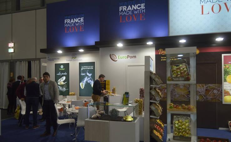Fruit Logistica: Carmen Crespo arropa en Berlín a las 72 empresas que exponen en esta edición