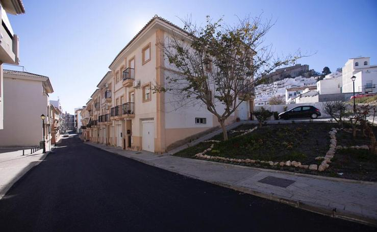 Salobreña invierte 250.000 euros en asfaltar sus calles