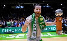 La defensa ilumina el camino al título de Copa para el Betis de Curro Segura