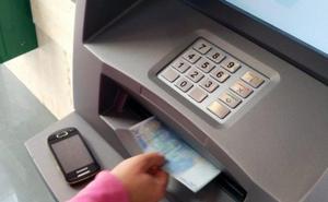 Alertan del robo en cajeros 'tragándose' el dinero