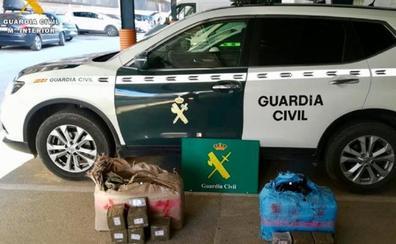 Hallan casi 70 kilos de hachís tirados en una autovía en Toledo