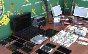 Registran un domicilio en Órgiva en el marco de una operación contra la falsificación de billetes