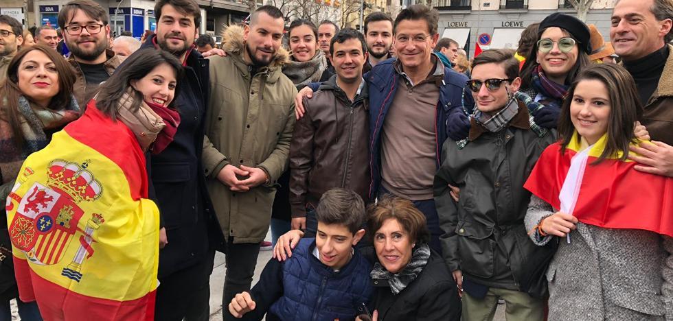 Luis Salvador: «Decimos a Sánchez basta ya y convoca elecciones, que es a lo que te comprometiste»