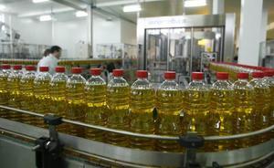 Los agricultores italianos cobran el aceite de oliva virgen extra a más del doble que los españoles