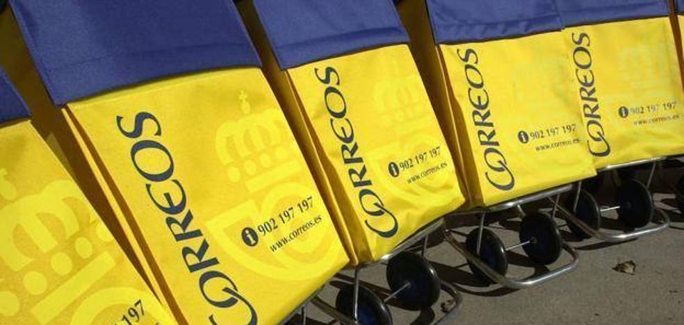 Correos «garantiza» el servicio en Cabo de Gata con un punto de encuentro tras cerrar la oficina