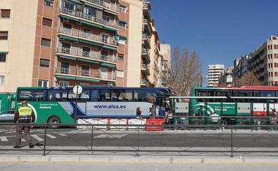 La parada en Andaluces resta 42 buses a Marín Ocete