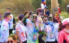 Motril se llena de diversión para celebrar su tercera 'Colour Run'