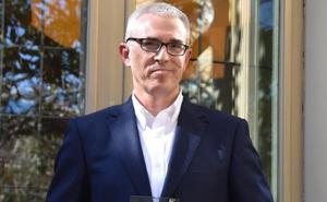 Emilio Lara gana el II Premio Edhasa con 'Tiempos de esperanza'