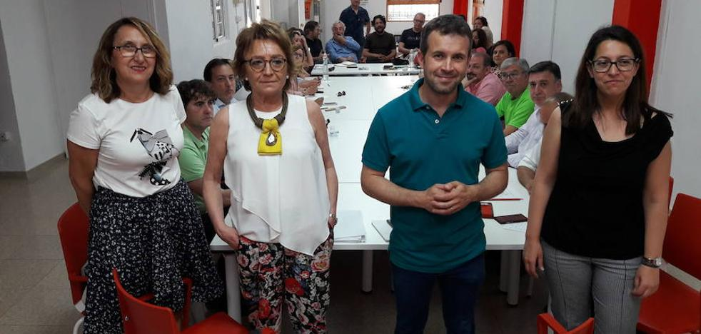 Solo dos concejales del PSOE en la capital repiten en la lista a las municipales