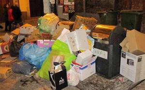 Esta es la multa que puedes recibir por tirar la basura fuera del horario en Granada