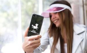 ¿Buscas una funda original para tu móvil?