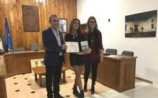 La periodista Laura Velasco gana el Concurso Nacional de Cartas de Amor de Mengíbar
