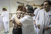 «Gracias, gracias, gracias», la hija de Rosa agradece al equipo sanitario el trato que le dieron a su madre