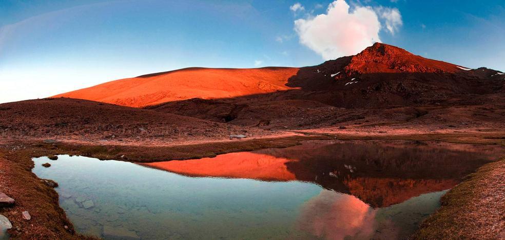 74 oasis glaciares de Sierra Nevada, lagunas en las altas cumbres