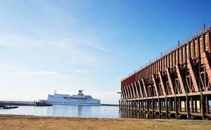 Más de 40.000 viajeros pasan por el Puerto de Almería en enero