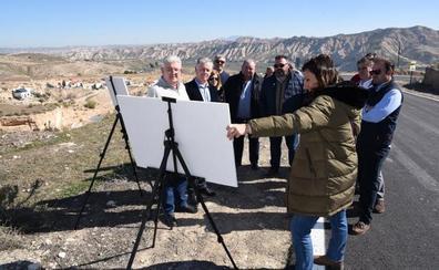 Diputación repara la vía que une Torre Cardela y Villanueva de las Torres