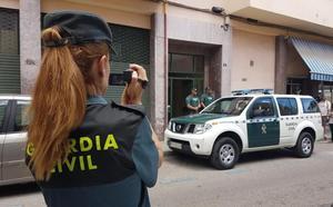 Detenido un joven con un arma detonadora en Utrera