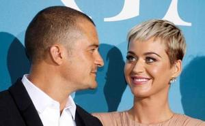 Katy Perry luce anillo de pedida