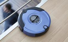 La Guardia Civil advierte sobre lo que debes hacer al comprar un robot de limpieza