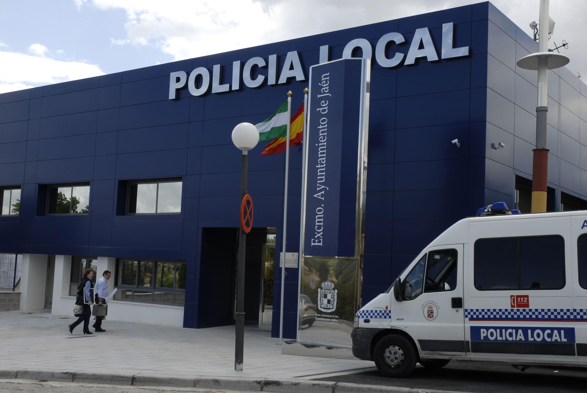 Dos heridos leves en Jaén por el ataque de un perro en Puente Tablas