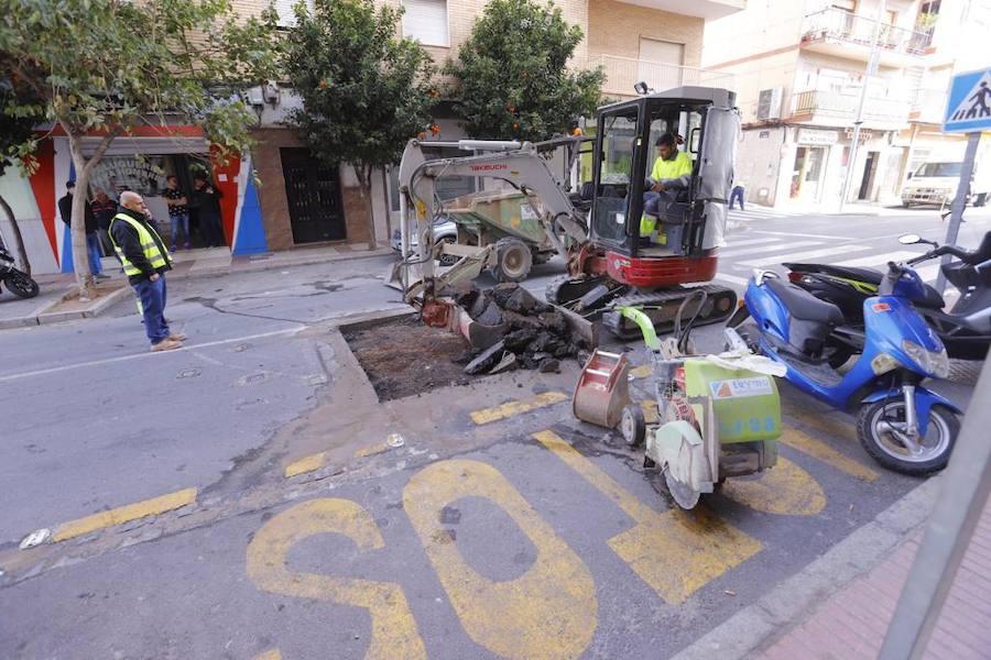 Las obras cierran por completo la calle Ancha de Motril
