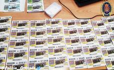 Encuentra en Granada 237 cupones de la ONCE de sorteos sin celebrar tirados en la basura