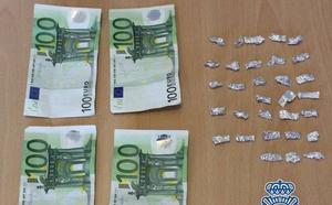 Sorprendido en Granada con 31 envoltorios de heroína