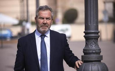 José García Fuentes se convierte en el tercer presidente del Puerto de Motril