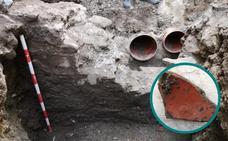 Hallan restos de muros romanos durante unas obras de saneamiento en Almuñécar