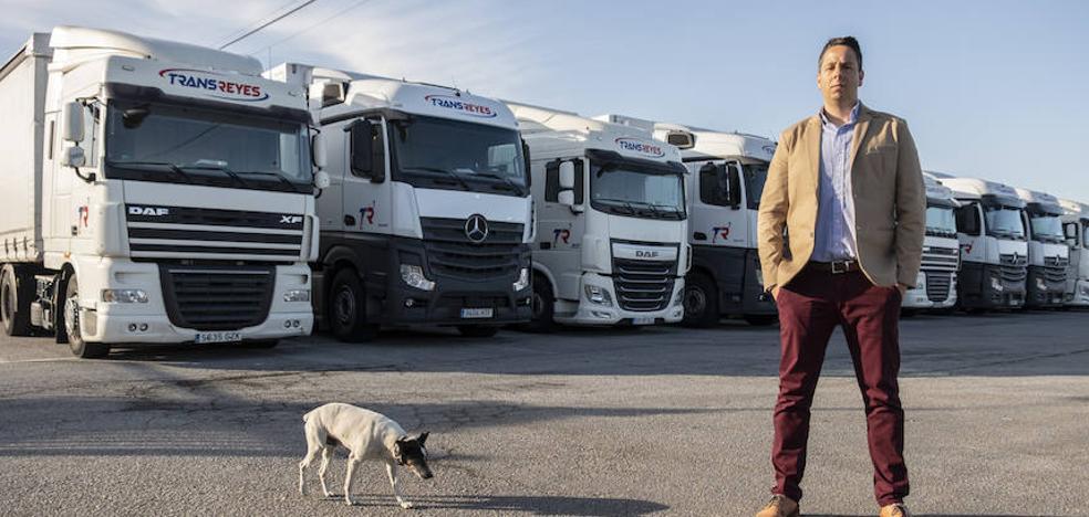 Cien empresas de Granada denuncian al cártel de los camiones