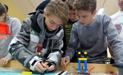 La First Lego League reunirá en Granada a 235 escolares