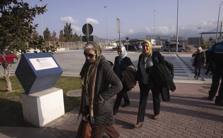 Motril se 'vende' en un foro con empresarias marroquíes