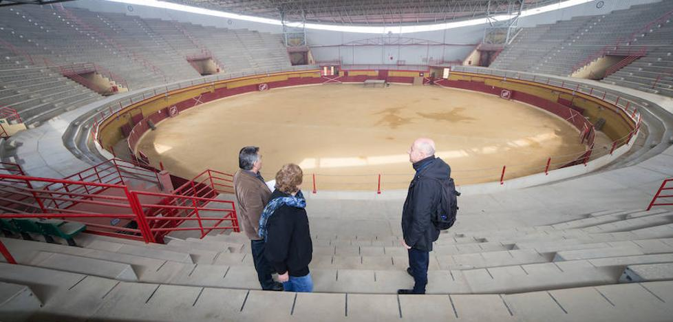 Deficiencias en el Coliseo de Atarfe impiden la celebración de eventos con público