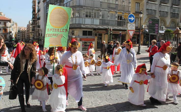 1.700 'carnavaleros' alegran Jaén